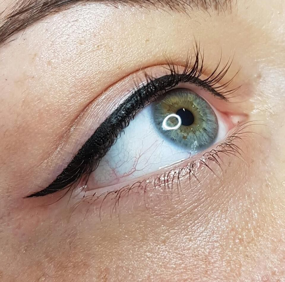 Choosing The Right Eyeliner Tattoo Salon post thumbnail image